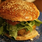 Wenn du matschige und geschmacklose Fast Food Burger nicht mehr sehen kannst – dann mach sie einfach selbst